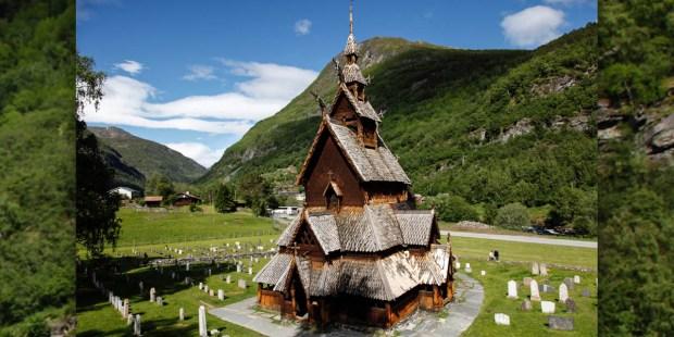 WOOD CHURCH,NORWAY