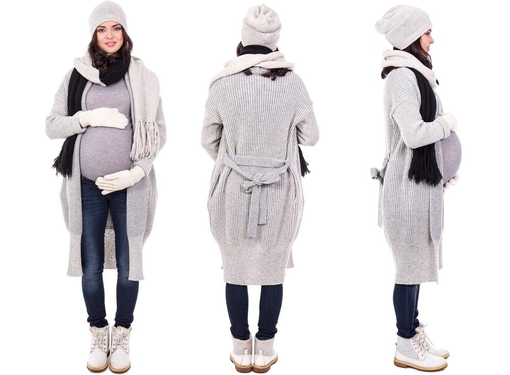 Pregnant woman fashion