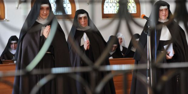 SISTERS OF SAINT CLARE