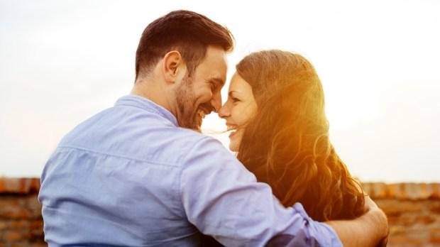 HAPPY,COUPLE,PARK