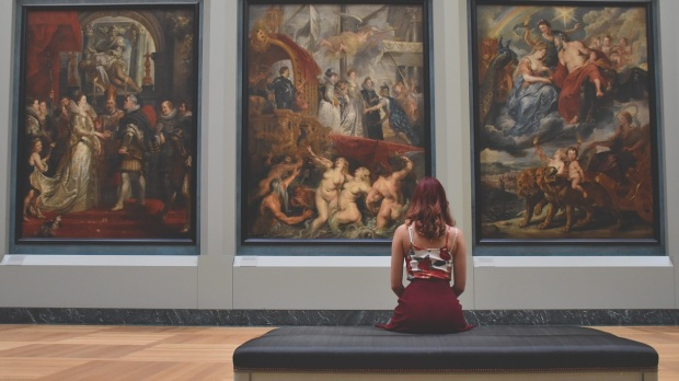 WOMAN IN GALERY