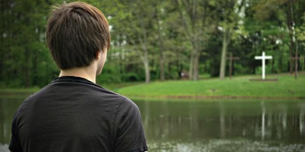 TEENAGE BOY,CROSS