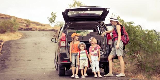 FAMILY,ROAD TRIP