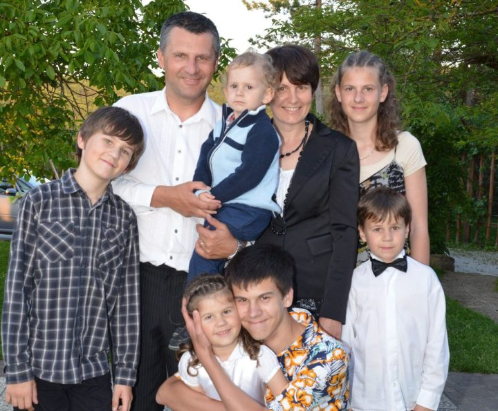 FAMILY KOLIČ
