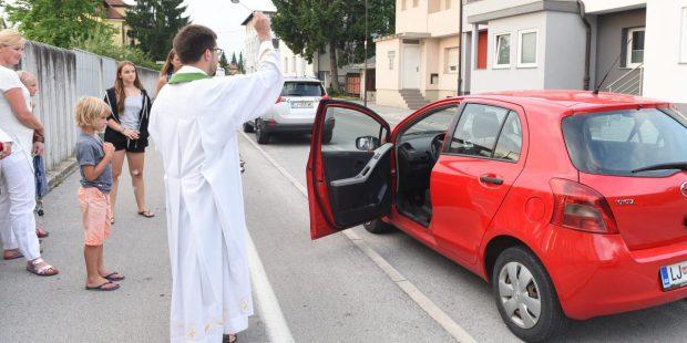 BLESS CAR