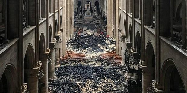 Katedrala Notre Dame po požaru