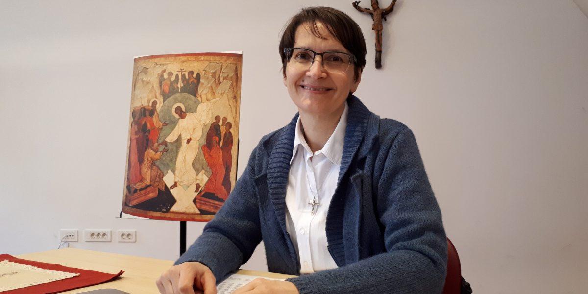 S. BOŽENA KUTNAR