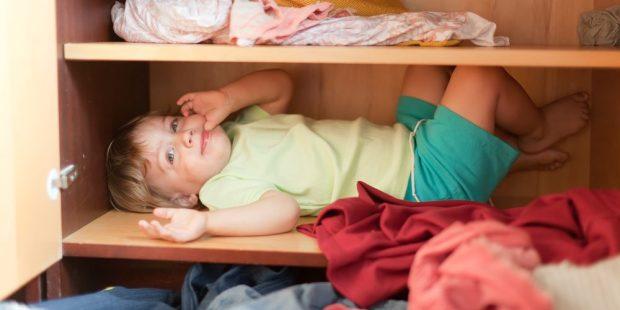 WEB 3 CHILD IN A CLOSET
