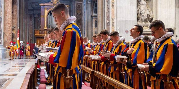 SWISS GUARD HOLY MASS OATH