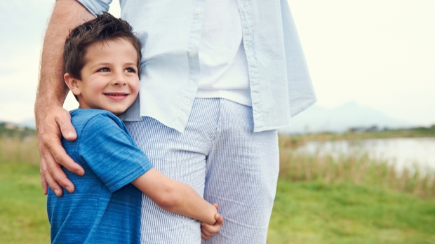 CHILD, HUG, DAD