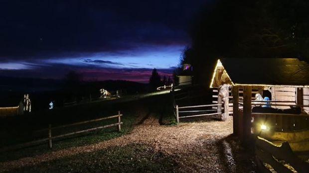 web 3 nativity scene