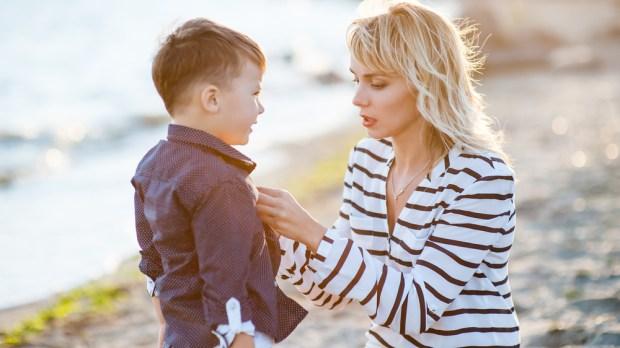 MOTHER SON AUNT CHILD