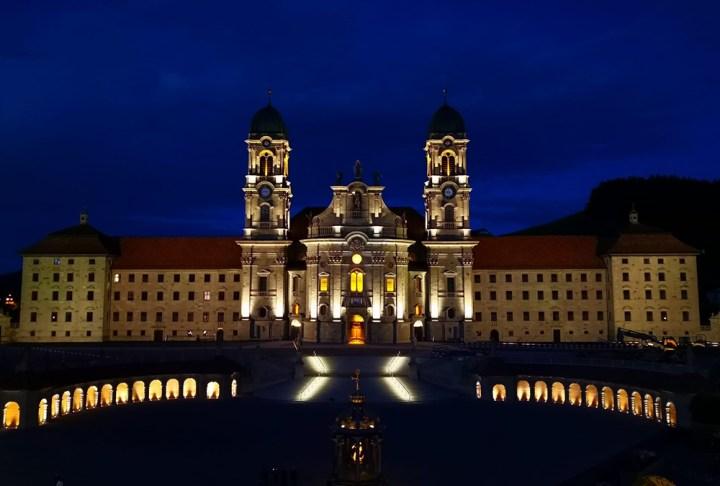 Fotografije samostana v Einsiendelnu
