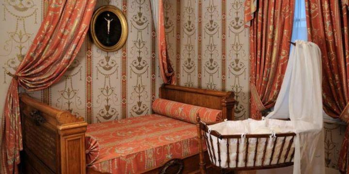 Svetniške spalnice