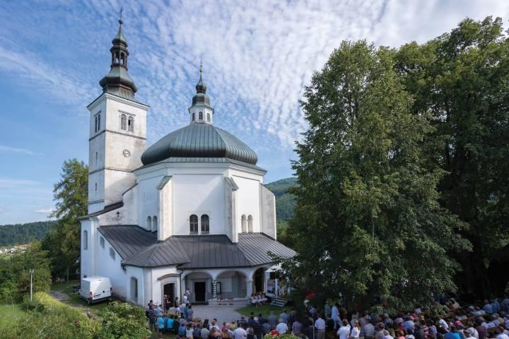 Fotogalerija cerkva, posvečenih Marijinemu vnebovzetju 1. del