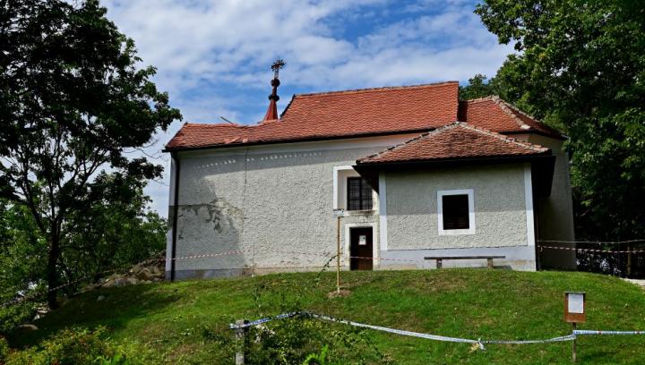 Porušena cerkev sv. Jakoba v Pišecah